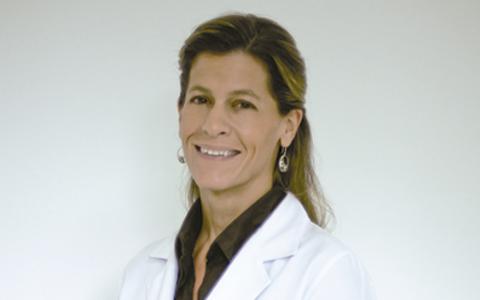 Dra. Gabriella Souza Naves