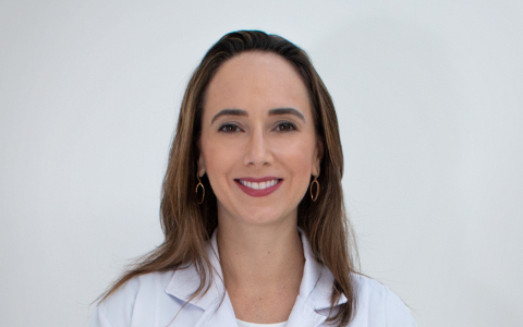 Dra. Elisa Aberton Haas